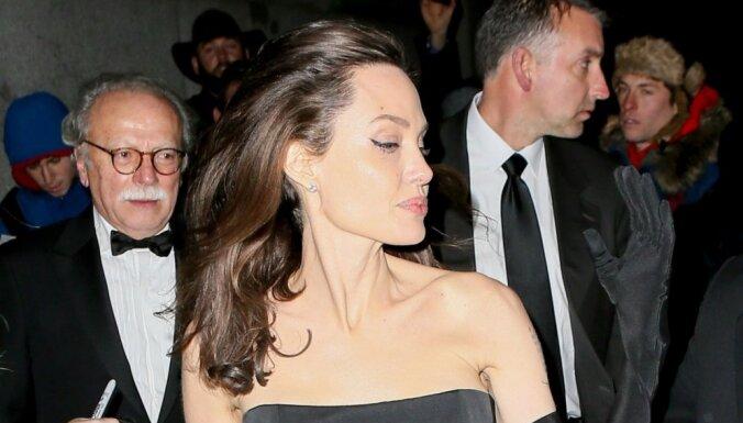 Анджелина Джоли потерпела поражение в суде с Брэдом Питтом