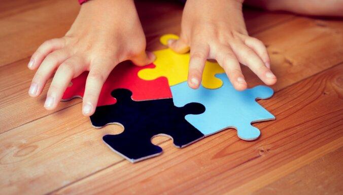 Terors un atklāta nepatika – pieredzes stāsti par bērnu ar autismu izglītošanu parastā bērnudārzā