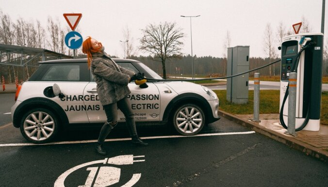 Nepraktiskie, neilgtspējīgie un videi kaitīgie elektroauto – zinātne vai muļķības?
