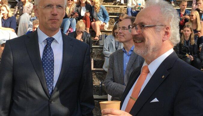 Что для Латвии хорошо, для Европы — тоже? Левитс, Кариньш и Зиле сообразили на троих на фестивале Lampa