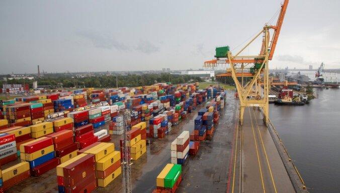 Ekonomisti: Latvijas eksporta apjomi atguvušies apbrīnojami ātri