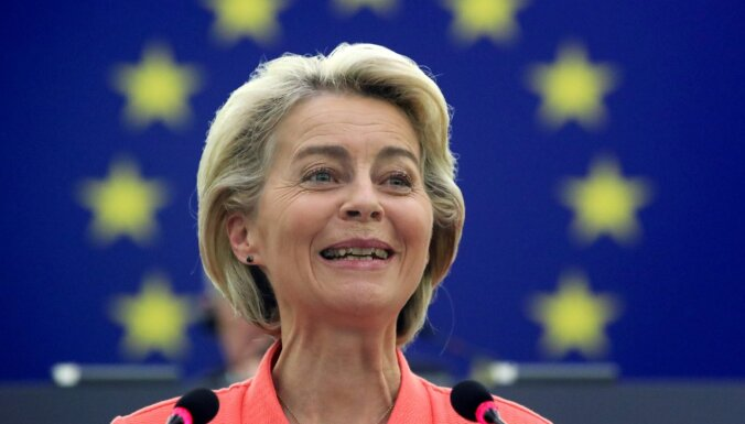 'Mēs to izdarījām pareizi': Leiena slavē Covid-19 vakcinācijas kampaņu ES