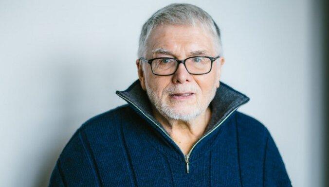 Uldis Bērziņš saņems balvu par 'Eddas dziesmu' tulkojumu