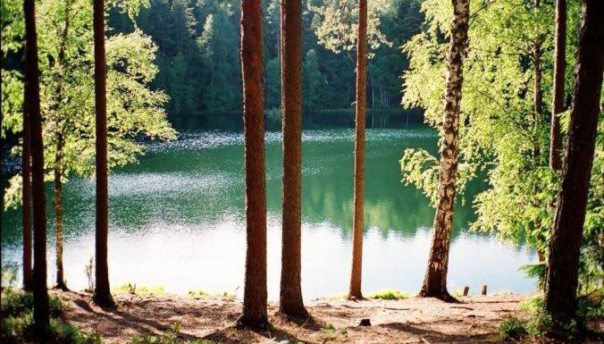 ФОТО. Чертово озеро: одно из самых красивых и необычных мест в Латгалии