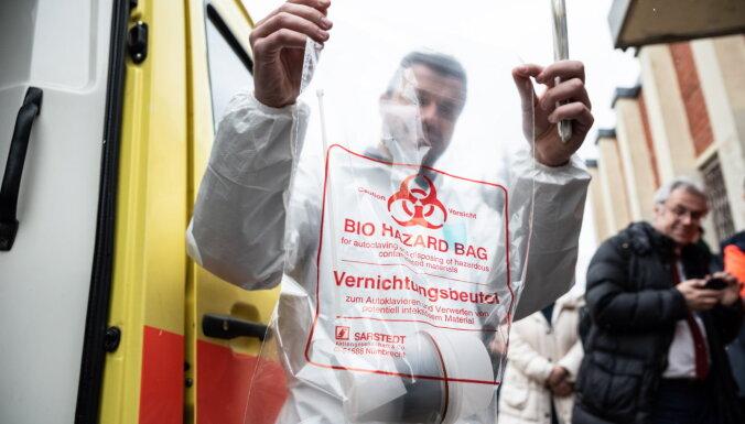 Latvijā Covid-19 saslimšana konstatēta jau 305 personām; trīs ir smagā stāvoklī