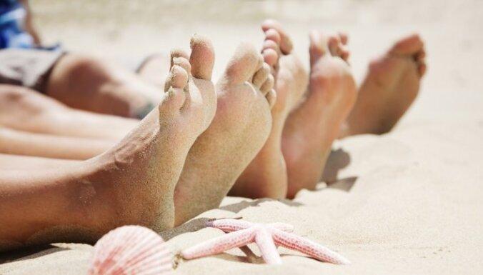 ЧП на пляже: пьяные отдыхающие угрожали спасателям