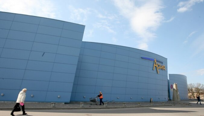 Turbulence Rīgas lielveikalu ainavā: tirdzniecības centrs 'Azur' gatavojas pamatīgām pārmaiņām