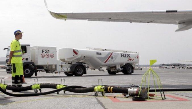Foto: Lidostā 'Rīga' atklāj Baltijā unikālu gaisa kuģu degvielas uzpildes sistēmu