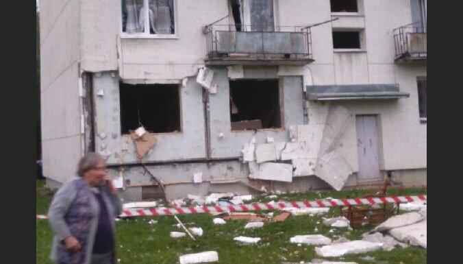 Alūksnes novadā četrām sprādzienā mājokli zaudējušām ģimenēm piedāvās dzīvesvietu