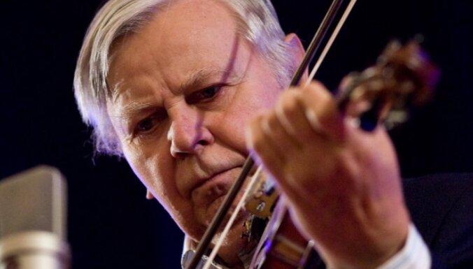 Mūžībā aizgājis izcilais latviešu mūziķis Alnis Zaķis