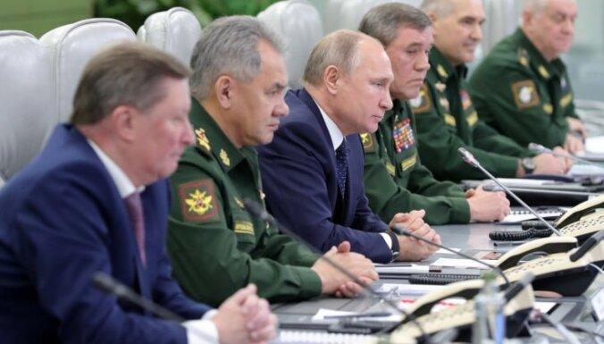 Krievijas 'neuzveicamā' raķete ir laba Jaungada dāvana, paziņo Putins