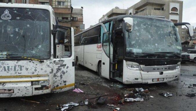 Damaskā nogrand divi sprādzieni; vismaz 40 bojā gājušie