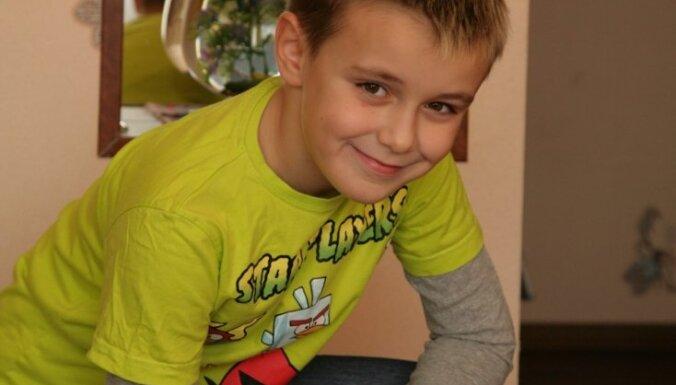 Palīdzēsima Artjomam savākt naudu insulīna pumpja katetru iegādei!