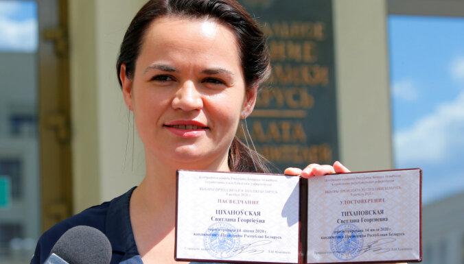 Tihanovska pulcē tautiešus Koordinācijas padomes izveidei, kam varētu nodot varu Baltkrievijā