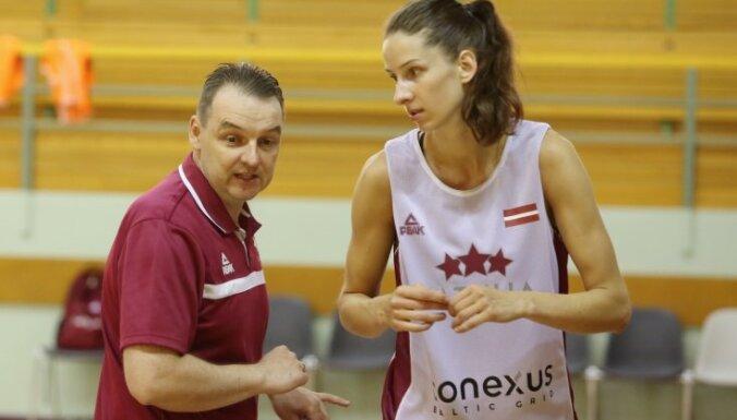 Latvijas sieviešu basketbola izlase gatavošanos Pasaules kausam uzsākusi ar 17 kandidātēm
