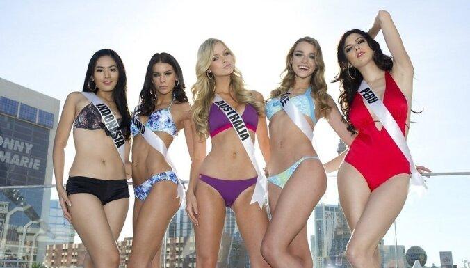"""ФОТО: Участницы """"Мисс вселенная 2012"""" позируют в бикини"""