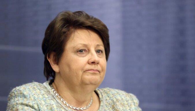 Premjerministrei neesot iespēju atcelt Streļčenoka lēmumu par Strīķes pazemināšanu amatā