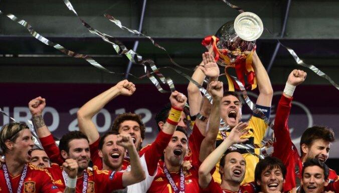 Испанцы переписали футбольную книгу рекордов