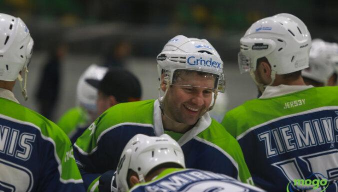 'Mogo' sagrauj 'Pārdaugavas' hokejistus