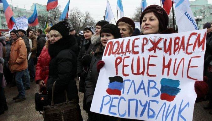 Kijeva liedz turpināt kravu pārvadājumus ar Krievijas okupētajām teritorijām