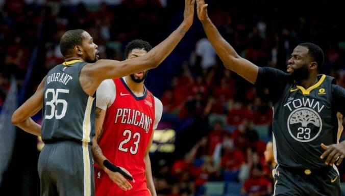 NBA čempione 'Warriors' un 'Rockets' nonāk soli no pusfināla