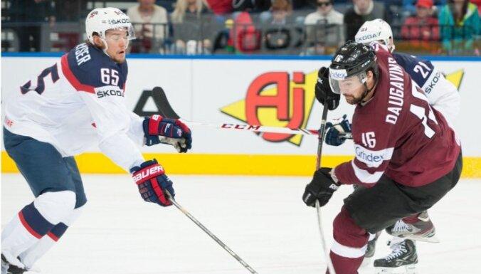 Latvijas hokeja izlase agrajā spēlē lūko vēlreiz pārsteigt ASV