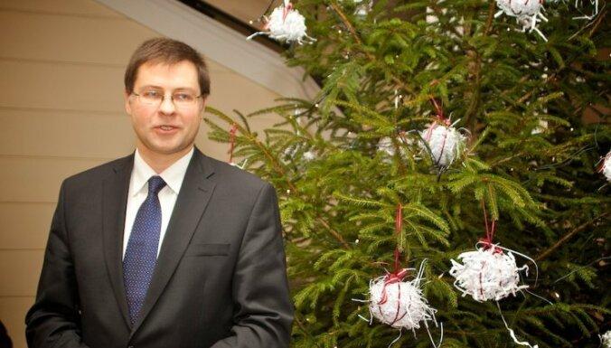 Dombrovskis Jauno gadu sagaida ar padarīta darba sajūtu un aicina referendumā atbalstīt latviešu valodu