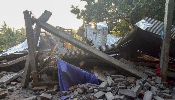 ФОТО. Сильное землетрясение в Индонезии: есть человеческие жертвы