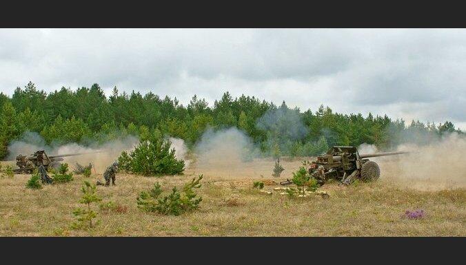 Valdība atbalsta divu plašu starptautisku militāro mācību organizēšanu Latvijas teritorijā rudenī
