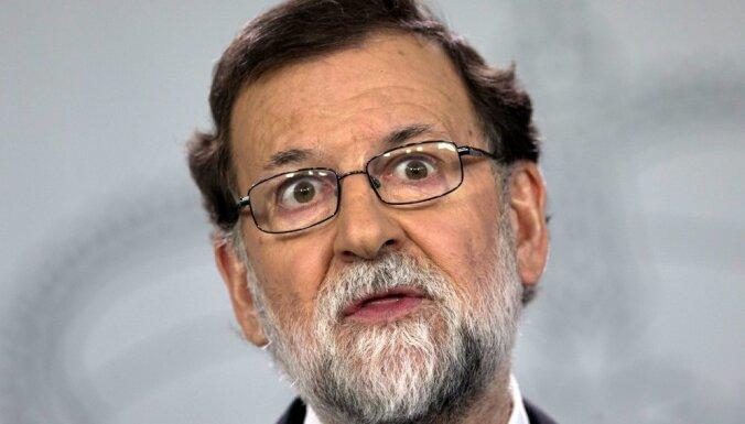 Pudždemons Spānijas premjeru Rahoju aicina 'iznākt ārā parunāties'