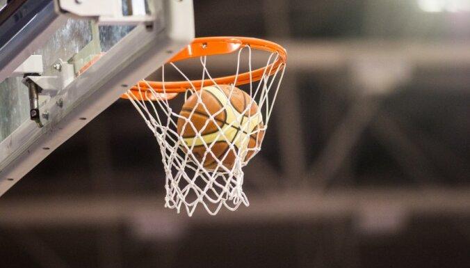 Babkinas 17 gūtie punkti neglābj 'Canik' komandu no zaudējuma FIBA Eirokausa spēlē Novosibirskā