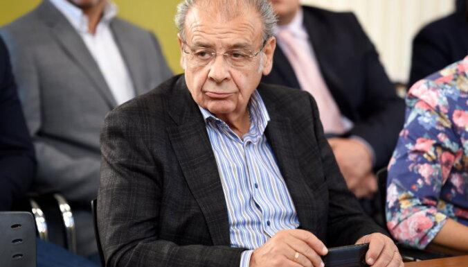 KNAB veicis kratīšanu pie Rīgas 1.slimnīcas valdes locekļa Sevastjanova