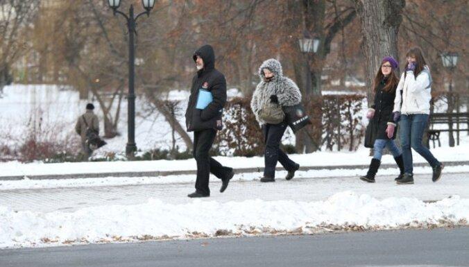 Gaisa temperatūra piektdienas rītā no -6 līdz -22 grādiem