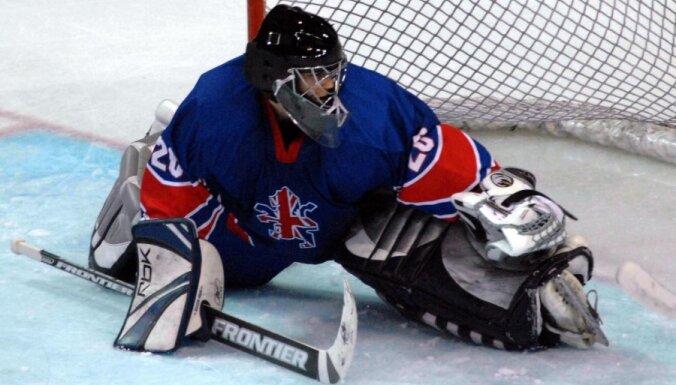 Lielbritānijas hokejistiem uzvara pārbaudes spēlē pirms olimpiskās kvalifikācijas Rīgā