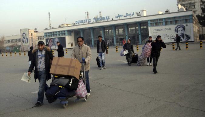 Kabulā nogādāta 39. Vācijas izraidīto afgāņu grupa