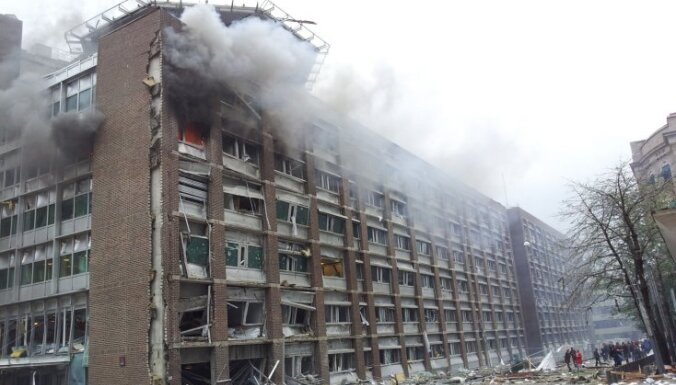 Norvēģijas galvaspilsētā pie valdības un laikraksta VG redakcijas ēkām noticis sprādziens, gājuši bojā septiņi un ievainoti vairāki cilvēki