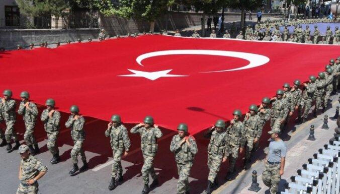 Турция не намерена терпеть угрозы каких-либо стран— глава МИД в ответ Трампу