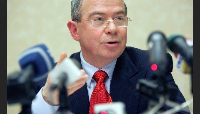 Portāls: Anglijas tiesa noraida Lemberga argumentus un pieprasa tomēr zvērēt par īpašumiem