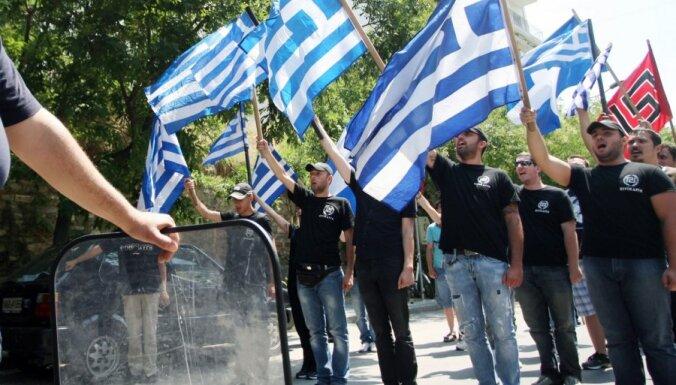 Греция: с депутатов-неонацистов снята неприкосновенность