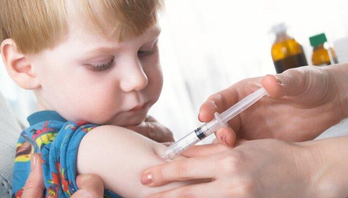 Детей и беременных начнут бесплатно прививать от гриппа: при отказе родителям придется подписать документ