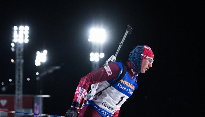 Latvijas vīriešu biatlona kvartetam 14. vieta PK posma stafetes sacensībās