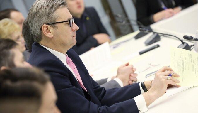 Приговор по делу Latvijas Krājbanka: Бондарсу грозит уход с поста главы Бюджетной комиссии Сейма