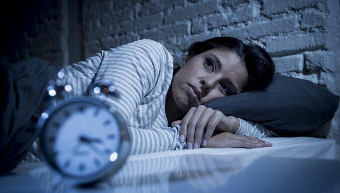 Бессонница и кошмары: cпециалисты выяснили, что Covid-19 творит по ночам