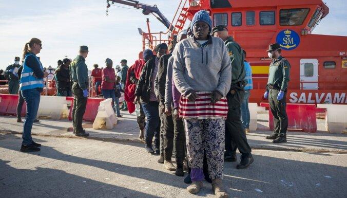 Spānijas krastos izglābti gandrīz 190 nelegālie imigranti