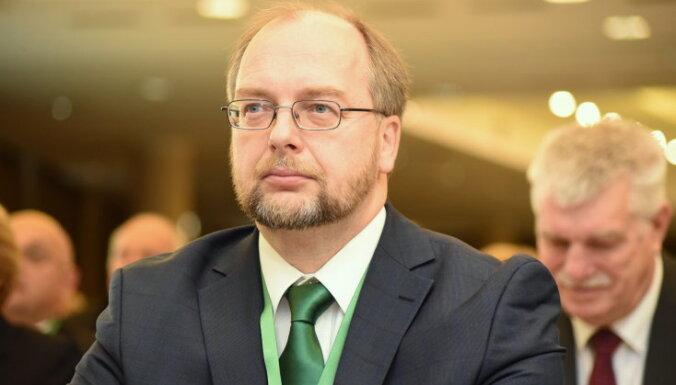 """Глава Cоюза свободных профсоюзов: будем добиваться повышения """"минималки"""" до 540 евро"""
