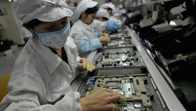 Сборщик iPhone заменил роботами 60 тысяч китайских работников