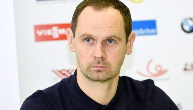 Kamaniņu sporta izlases galvenais treneris Dumpis gandarīts par konkurences palielināšanos komandā