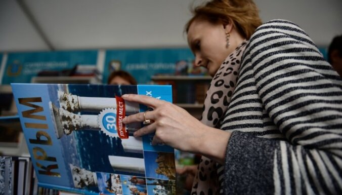 Krievijas Valsts dome atņem mandātu vienīgajam pret Krimas aneksiju balsojušajam deputātam