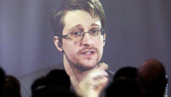 Сноудену продлили вид на жительство в России