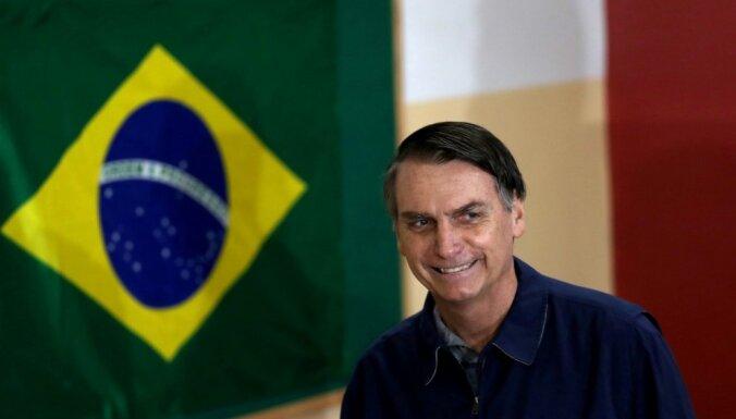 'Tropu Trampa' kandidatūra Brazīlijā satrauc ķīniešus